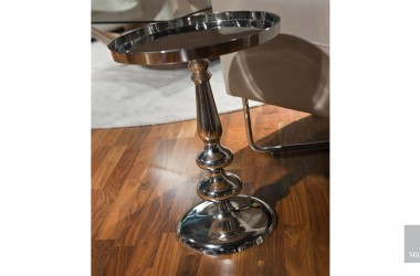 Selva side table